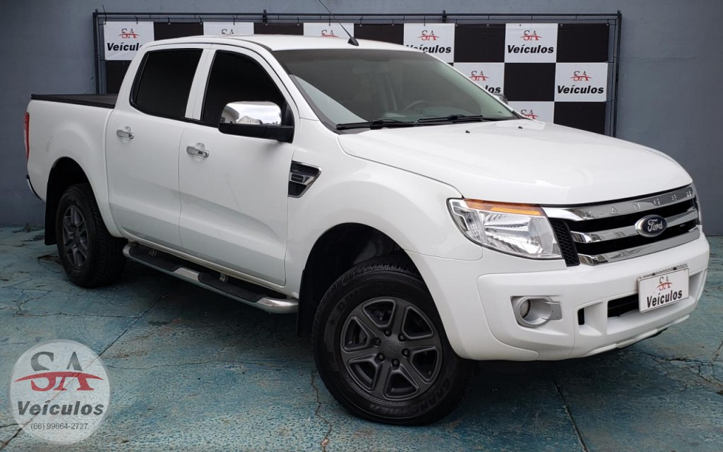 Ford Ranger XLT 2.5 16V 4x2 CD Flex 2015
